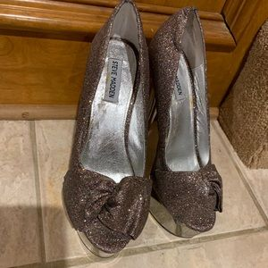 Steve Madden Glitter Vintage Platform Heel